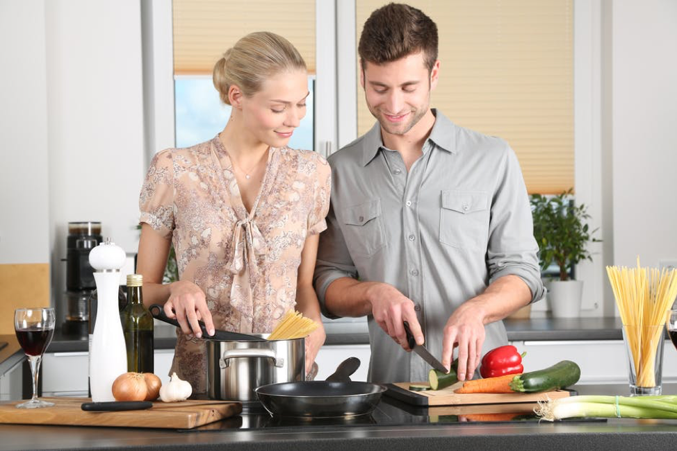Couple preparing meals for the week