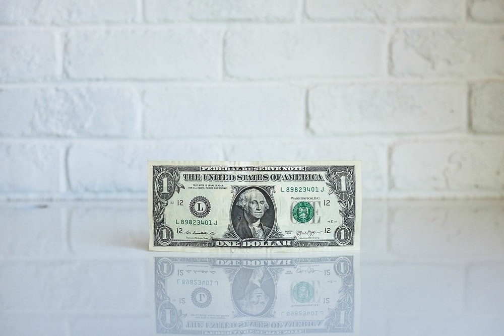 Learn more about the differences between a payday loan vs. installment loan