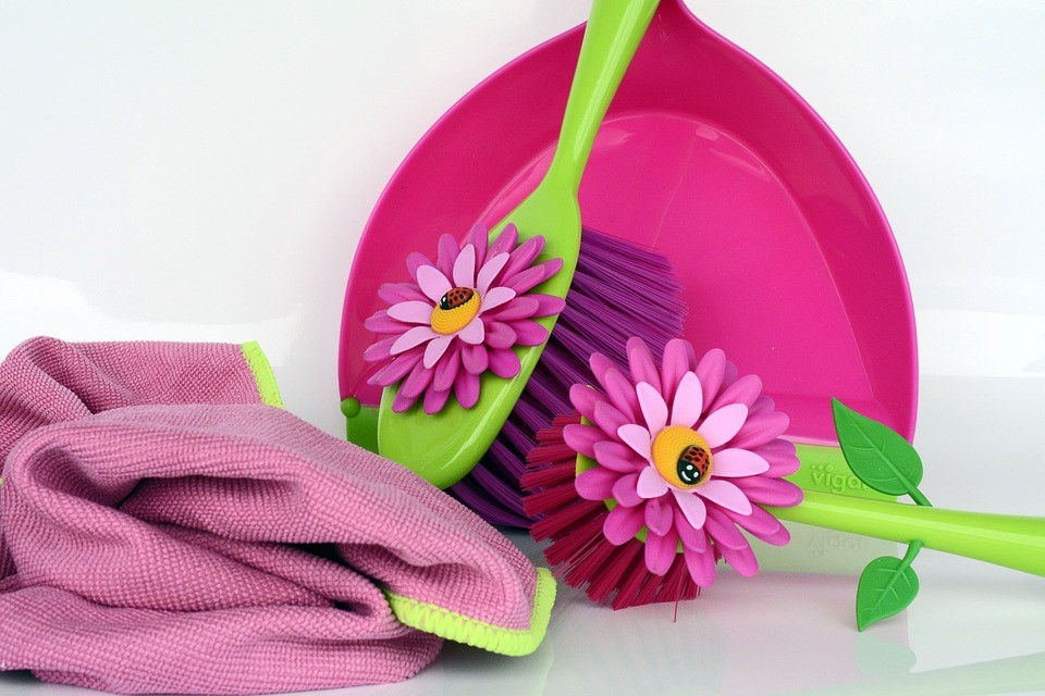 spring cleaning equipment to organize your household and organize bills