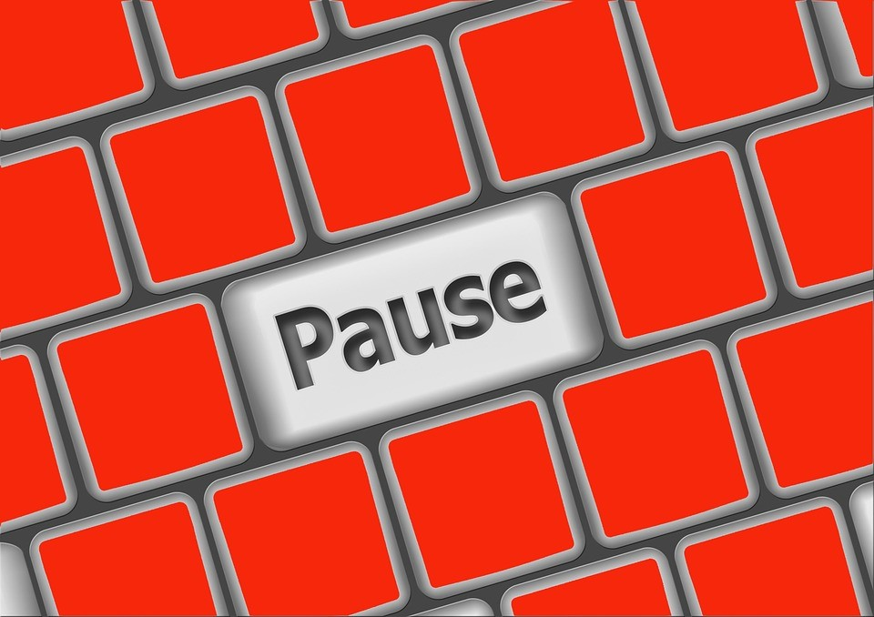 pause button on computer keyboard