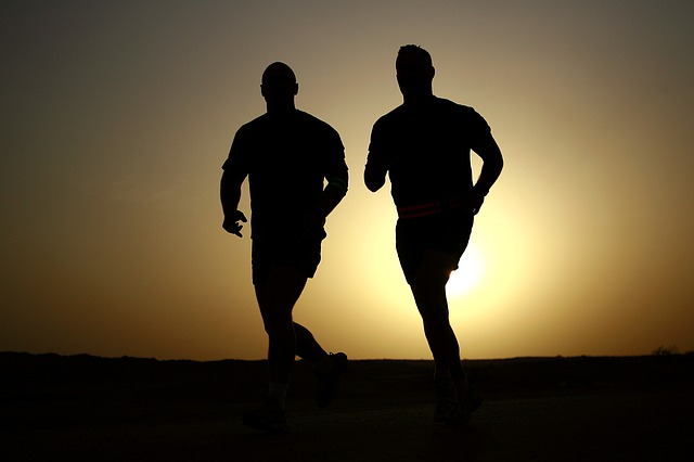 people running together for a free workout