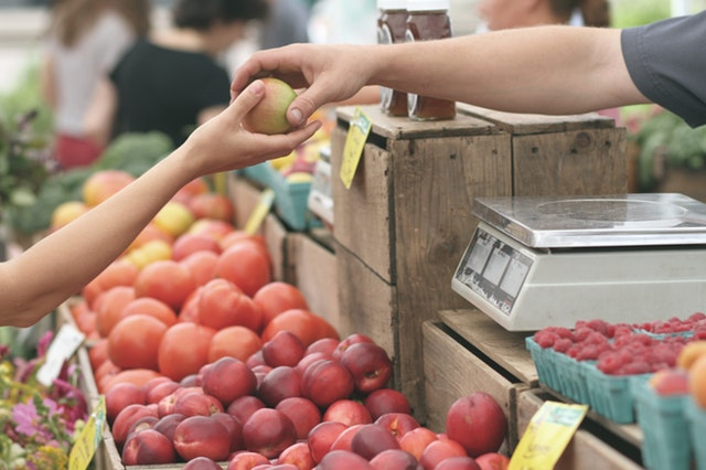 Pay in cash at a farmers market
