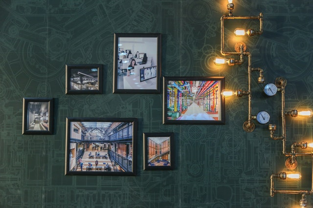 decorating ideas with artwork